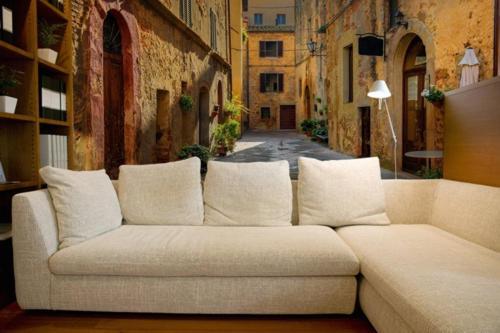 Fototapeta do salonu z motywem włoskiej uliczki