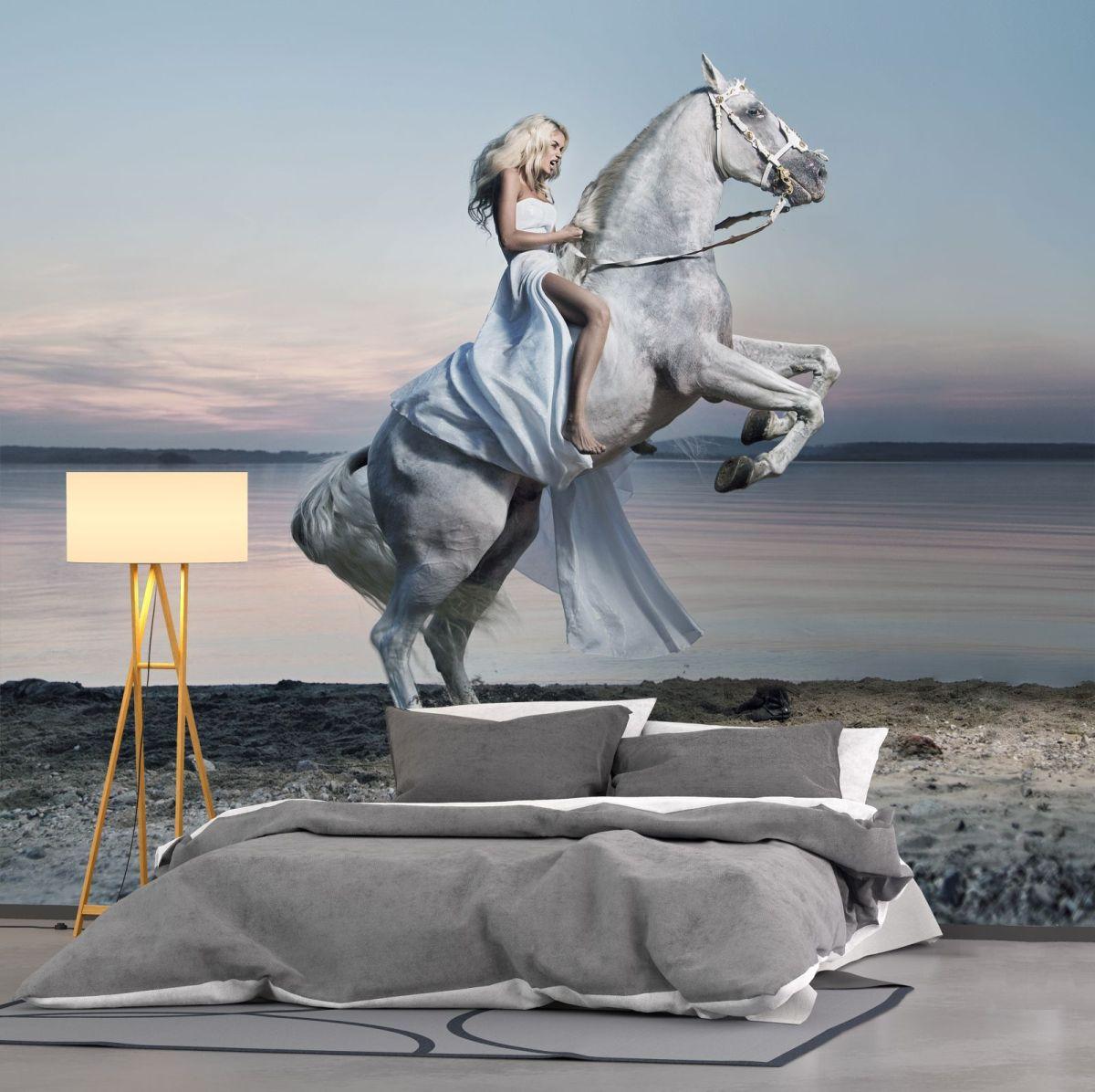 fototapeta kobieta na koniu