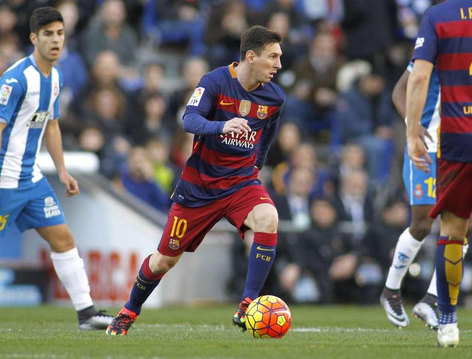 ea4daca34 Fototapeta Lionel Messi w meczu ligowym - Dekowizja.pl